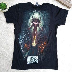 Blizz con t shirt